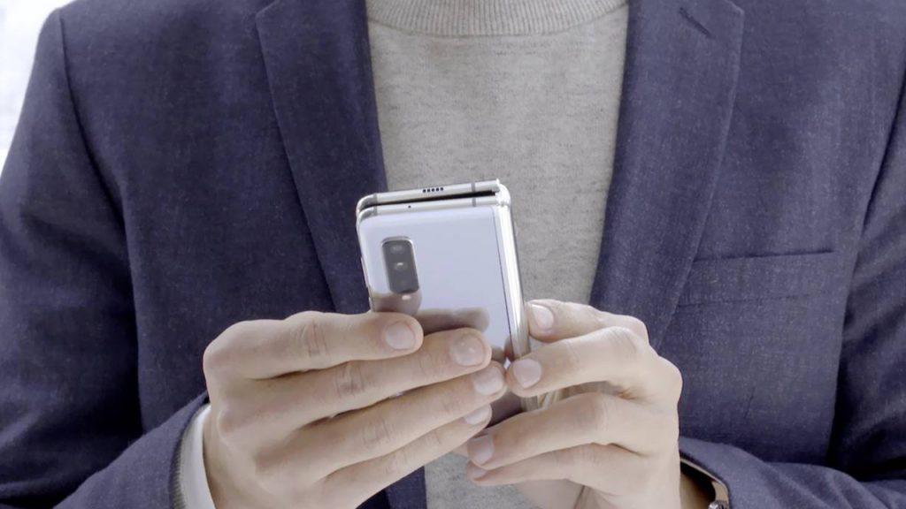 Coque smartphone pliable